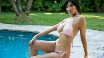 Diana Prince in 'Poolside Masturbation'