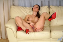 Lia - Sensitive Clit (Thumb 13)