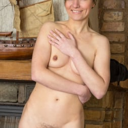Agatha in 'Anilos' Hairy Pussy Mature (Thumbnail 15)