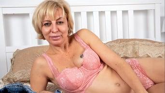 Alika in 'Make Me Blush'
