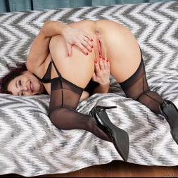 Amanda Ryder in 'Anilos' Squirting Orgasm (Thumbnail 14)
