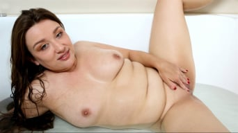 Amber Leigh in 'Bathing Beauty'
