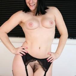 Amber Lustfull in 'Anilos' Hairy Pussy Masturbation (Thumbnail 14)