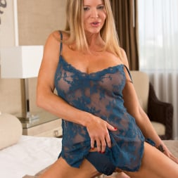 Amber Michaels in 'Anilos' See Through Nightie (Thumbnail 3)