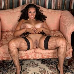 Anastasia Lux in 'Anilos' Sexy Fishnet Stockings (Thumbnail 15)