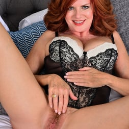 Andi James in 'Anilos' Red Fox (Thumbnail 6)