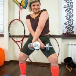 Angel Baby in 'Anilos' Mature Workout (Thumbnail 3)