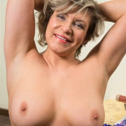 Angel Baby in 'Anilos' Show It Off (Thumbnail 10)