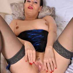 Annabelle More in 'Anilos' Love To Tease You (Thumbnail 14)