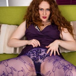 Annie M in 'Anilos' Touch And Tease (Thumbnail 3)