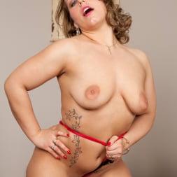 Ashley Rider in 'Anilos' Hot Mama (Thumbnail 8)