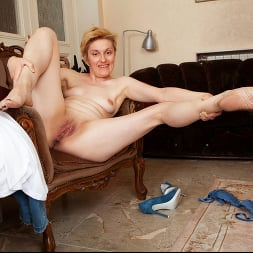 Barbara in 'Anilos' Touch Myself (Thumbnail 11)