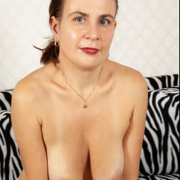 Beatrice A in 'Anilos' Anything For Pleasure (Thumbnail 5)