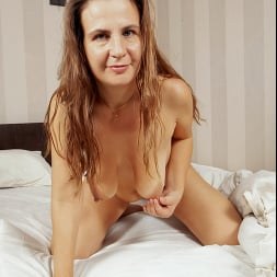 Beatrice A in 'Anilos' Naughty Pics (Thumbnail 6)