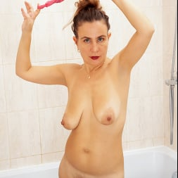 Beatrice A in 'Anilos' Wet As It Gets (Thumbnail 9)