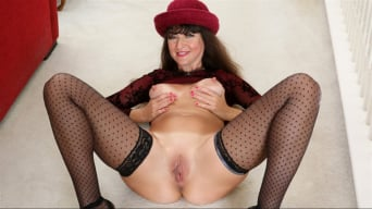 Belinda Brush in 'Pussy Show'