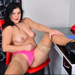 Belisa in 'Anilos' Boss Babe (Thumbnail 8)