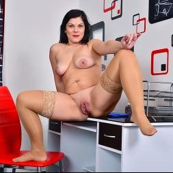 Belisa in 'Anilos' Boss Babe (Thumbnail 11)