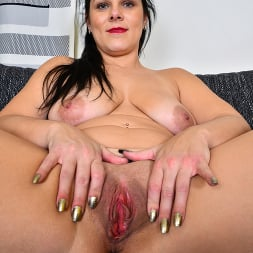 Belisa in 'Anilos' What I Want (Thumbnail 14)