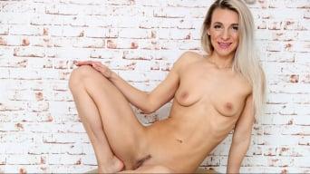 Bianca Ferrero in 'Fit Chick'