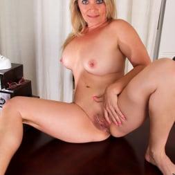 Bobbie Jones in 'Anilos' Big Tit Boss Lady (Thumbnail 12)