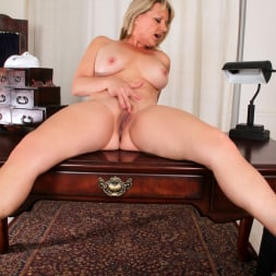 Bobbie Jones in 'Anilos' Big Tit Boss Lady (Thumbnail 14)