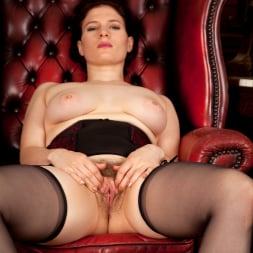 Brianna Green in 'Anilos' Heels And Stockings (Thumbnail 10)