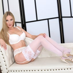 Cam Angel in 'Anilos' Busty Blonde (Thumbnail 2)