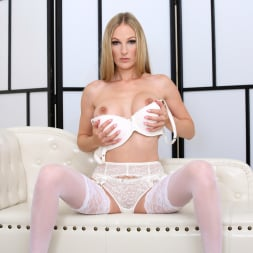 Cam Angel in 'Anilos' Busty Blonde (Thumbnail 7)