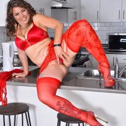 Candy in 'Anilos' Ravishing In Red (Thumbnail 8)