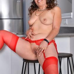 Candy in 'Anilos' Ravishing In Red (Thumbnail 14)