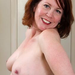 Charli Hope in 'Anilos' Waiting For You (Thumbnail 8)