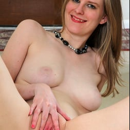 Chelsea Carter in 'Anilos' Undressed (Thumbnail 16)
