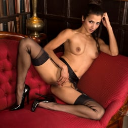 Chelsea French in 'Anilos' Naturally Sexy (Thumbnail 11)