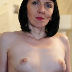 Cherry Despina in 'Anilos' Pleasing The Pussy (Thumbnail 7)