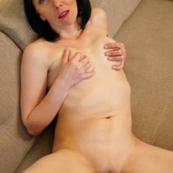Cherry Despina in 'Anilos' Pleasing The Pussy (Thumbnail 11)