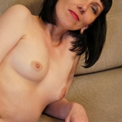 Cherry Despina in 'Anilos' Pleasing The Pussy (Thumbnail 16)