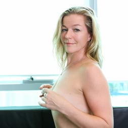 Claudia in 'Anilos' Hot Pink Panties (Thumbnail 8)