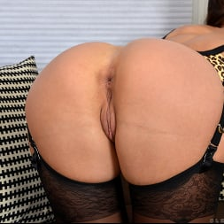Cleo Summers in 'Anilos' A Good Time (Thumbnail 6)