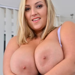 Crystal Swift in 'Anilos' Huge Naturals (Thumbnail 8)