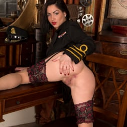 Crystall Anne in 'Anilos' Sexy Stewardess (Thumbnail 5)