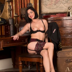 Crystall Anne in 'Anilos' Sexy Stewardess (Thumbnail 9)