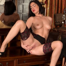 Crystall Anne in 'Anilos' Sexy Stewardess (Thumbnail 11)