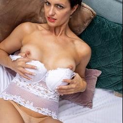 Daryna in 'Anilos' European Beauty (Thumbnail 5)