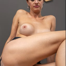 Daryna in 'Anilos' Fourty And Fit (Thumbnail 9)