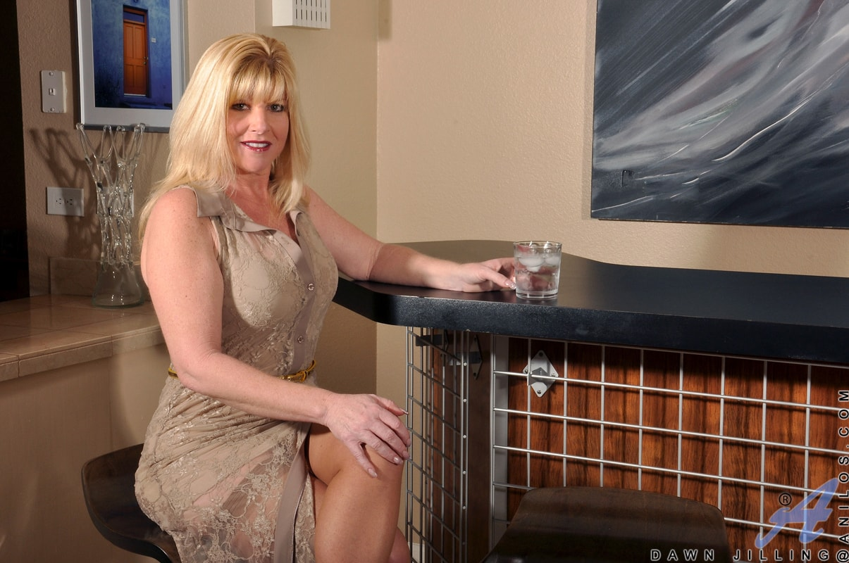 Anilos 'Busty Blonde' starring Dawn Jilling (Photo 1)