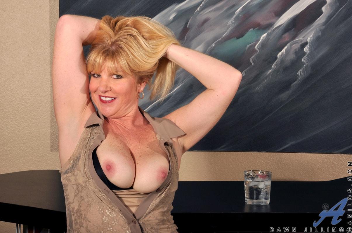 Anilos 'Busty Blonde' starring Dawn Jilling (Photo 6)