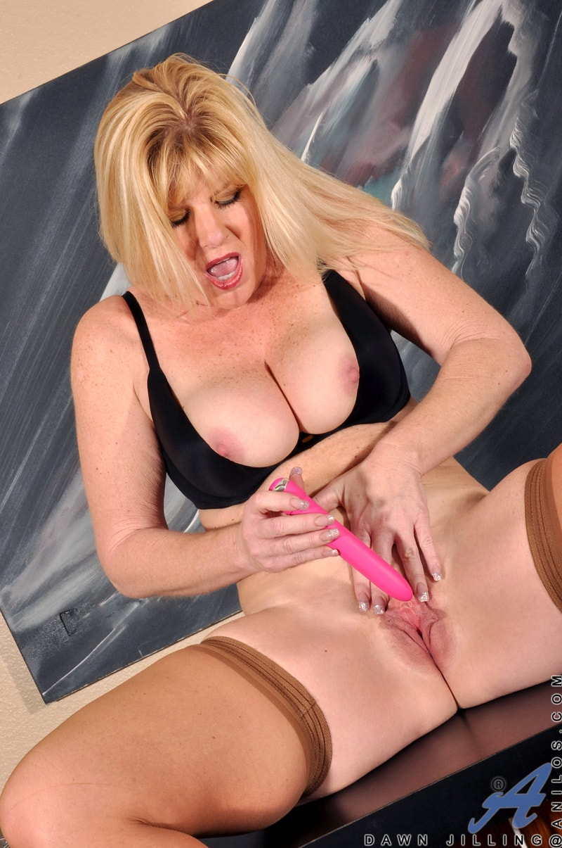 Anilos 'Busty Blonde' starring Dawn Jilling (Photo 11)