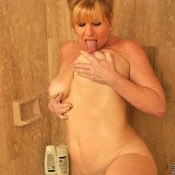 Dawn Jilling in 'Anilos' Wet Pussy (Thumbnail 8)