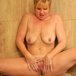 Dawn Jilling in 'Anilos' Wet Pussy (Thumbnail 12)